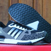 sepatu running/olahraga/lari/jogging/fitnes Adidas ZX 750 Hitam Putih