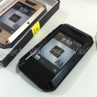LUNATIK TAKTIK EXTREME for IPHONE 4 / 4S  LUNATIC with Tempered Glass
