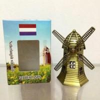 Miniatur/Pajangan Miniatur Kincir Belanda Holland Di Jakarta