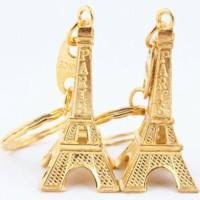 souvenir pernikahan unik gantungan kunci menara paris