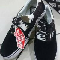 sepatu vans black army