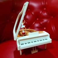 Kotak Musik Grand Piano Balerina