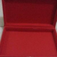 kotak cincin bahan kulit isi dlm kosong