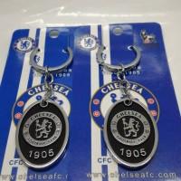 Gantungan Kunci club bola Chelsea black double side ( import )