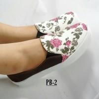 Sepatu Poxing Bunga Kanvas