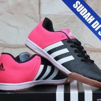 Sepatu Futsal/Olahraga Adidas Ace 15.2 New Embos Hitam Pink