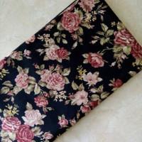 jilbab segiempat katun jepang bunga kecil dasar hitam