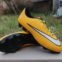 Sepatu Bola Anak Nike Mercurial Superfly CR7 Kuning List Putih (Kids)
