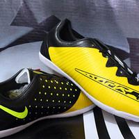Sepatu Futsal Nike Elastico Finale III Kuning