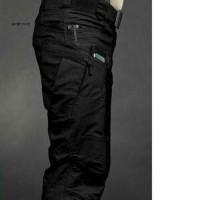 Celana Polisi Ganteng Blackhawk Tactical Warna Hitam