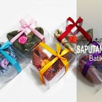 Souvenir Saputangan Batik