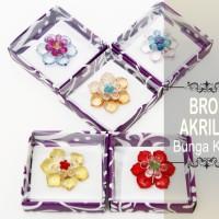Souvenir Bros Akrilik Bunga Kecil