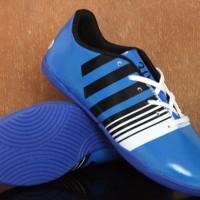 Sepatu Futsal Anak Adidas Nitrocharge 3.0 Biru