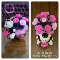 kotak cincin boneka sepeda rotan bunga pink
