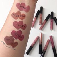 KYLIE LIP KIT ( liquid lipstick + lipliner )