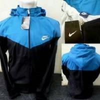 jaket parasut biru hitam