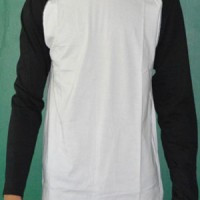 Kaos raglan panjang hitam putih