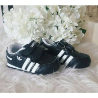 Sepatu Anak Adidas Black