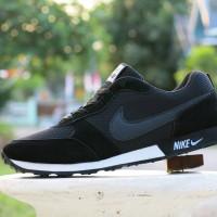 Sepatu Sport Nike Waffle Trainer Hitam / Casual / Kets / Joging Cowok