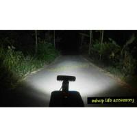 Lampu Tembak Sorot LED tambahan super terang Mobil Motor Anti Air 18 w
