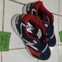 kelme canarinha red black sepatu futsal obral EU 40 USA Diskon