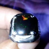 batu black opal kalimaya kristal