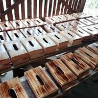 Kotak Tisue Kayu / Tempat Tisue Kayu Pinus (Tissue Box)