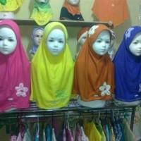 Jilbab anak kombinasi bunga merk vania/bergo/kerudung anak sd