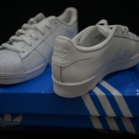 adidas supertar all white sz US6.5
