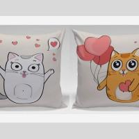 Bantal Couple Valentine Dekorasi Sofa / Mobil - Cat Feel Happy