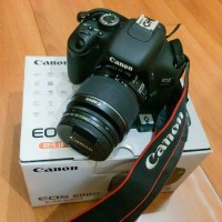 Kamera canon dslr 600D second