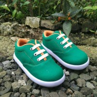 Sepatu anak laki-laki murah trendy casual gaya hijau karet