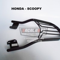 Bracket Box Motor Monorack Honda Scoopy