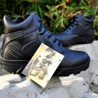 sepatu delta 6in black / hitam Berkualitas