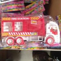 Mainan mobil pemadam kebakaran tanpa batre