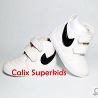 Jual  Sepatu Anak BOOTS NIKE PUTIH Sepatu Baby