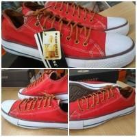 Sepatu Converse Tali Coklat Sneakers Casual Merah
