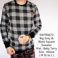Sweater Pria Model Distro Keren Gaul Big Grey & Black Square - 672