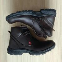 sepatu safety kickers resleting berkualitas