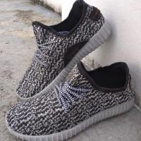 Sepatu Adidas Yeezy Sneakers Casual Hitam Abu