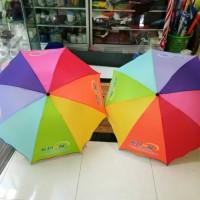 payung lipat pelangi