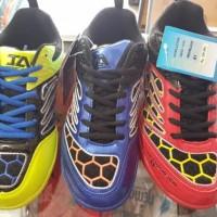 Sepatu Badminton HiQua Inter Action