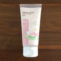 THE FACE SHOP FRESH LOTUS SOOTHING GEL 100ML