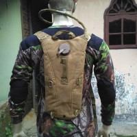 waterbag import / camel bag / hydration backpack / tas air TAN
