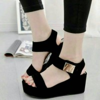 wedges wanita hitam / wedges pesta