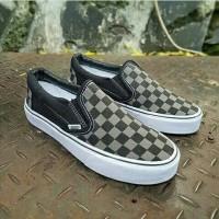 vans authentic checker board colour brown