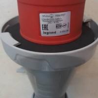 Legrand P 17 Tempra Pro IP 66/67 32A 3P+N+E 56328 / 555439