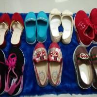 7 : 1 sepatu set cewek