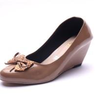 TERABARU! Sepatu Wanita Wedges Cream - Wedges Glossy Polkadot