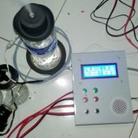 Pengatur Suhu Kelembaban Full Otomatis Lampu Pijar Humidifier LCD 2004
